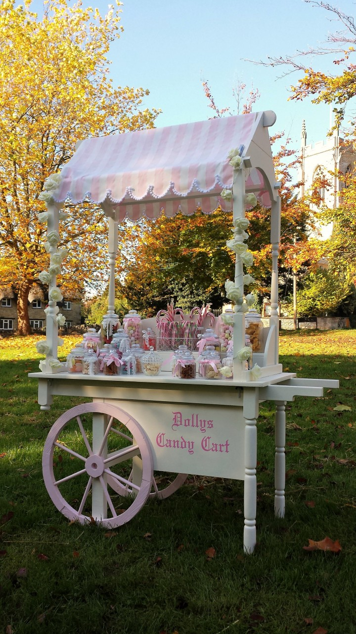 Dolly's candy cart