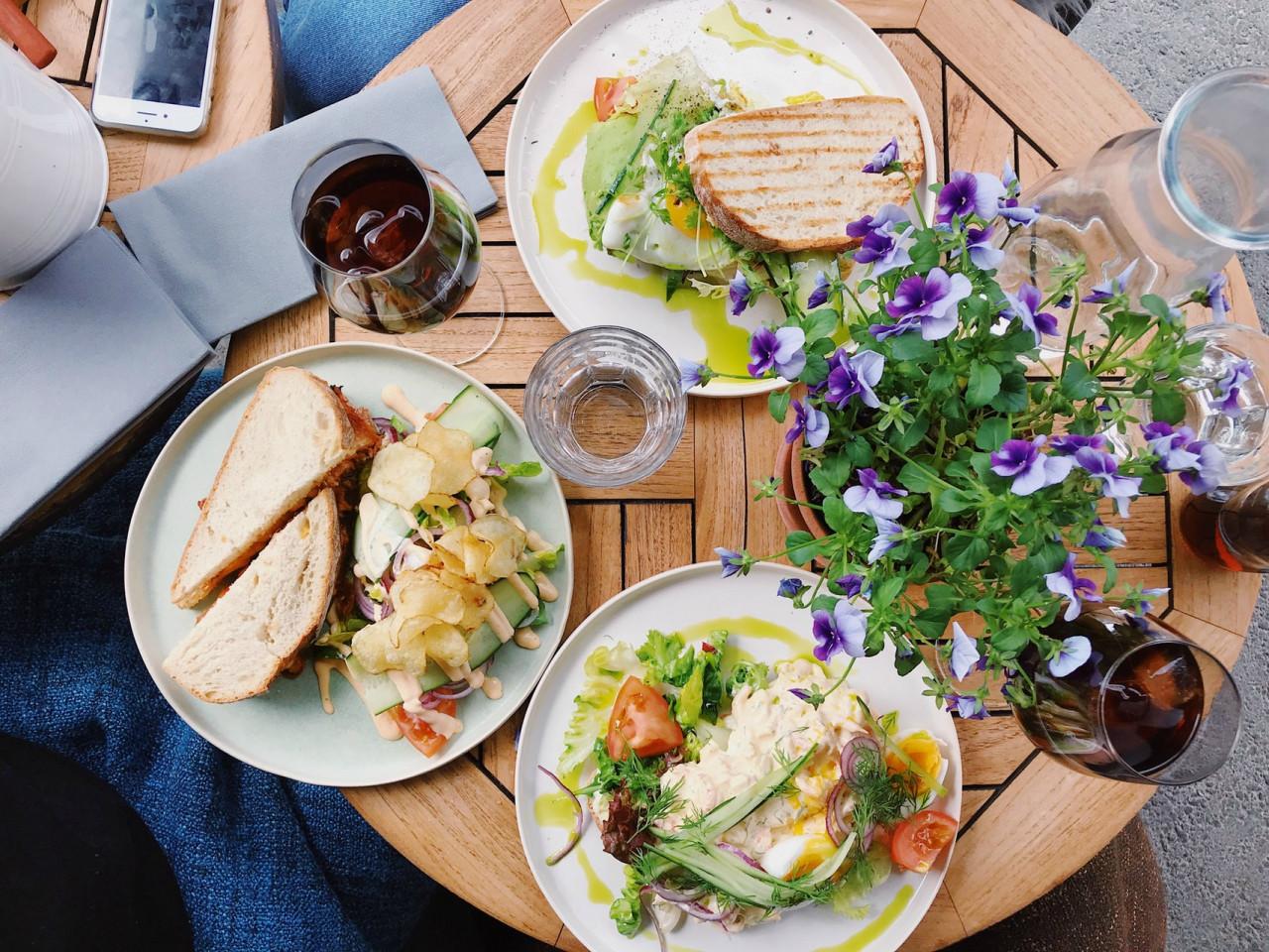 bread-breakfast-delicious-2433868