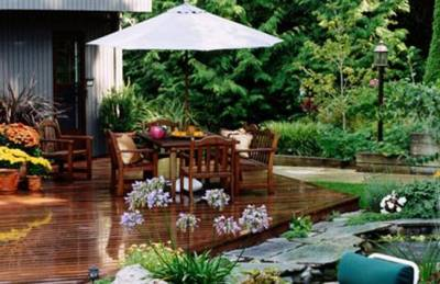 b2ap3_thumbnail_garden-timber-decking-patio-paving_landscape.jpg