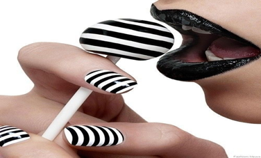 black-white-nails.png
